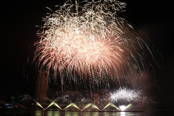 Năm 2019, Phần Lan trở thành tân vương của Lễ hội pháo hoa quốc tế Đà Nẵng.