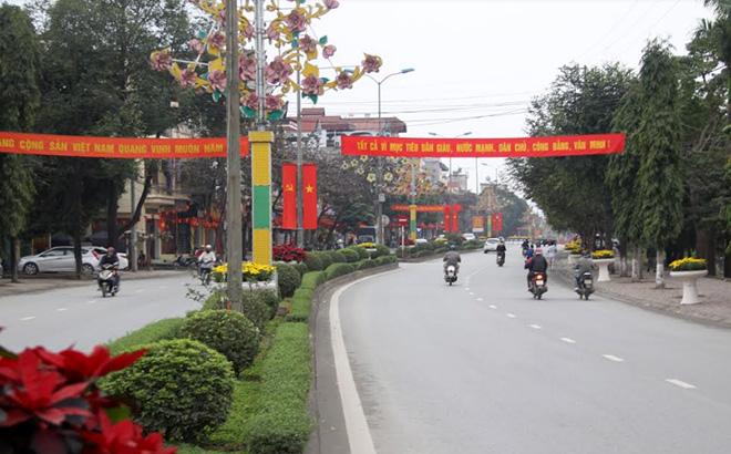 Tuyến đường Nguyễn Thái Học - điểm sáng, xanh, sạch, đẹp của thành phố Yên Bái.