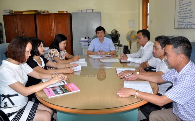 Cán bộ kiểm tra, thanh tra thành phố Yên Bái trao đổi công tác chuyên môn, nghiệp vụ.