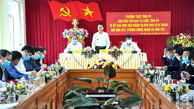 Đồng chí Bí thư Tỉnh ủy Đỗ Đức Duy phát biểu chỉ đạo tại buổi làm việc.
