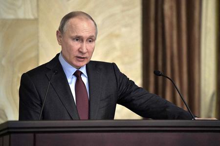 Tổng thống Nga Vladimir Putin vẫn tin tưởng dẫn dắt nước Nga vượt qua khó khăn.