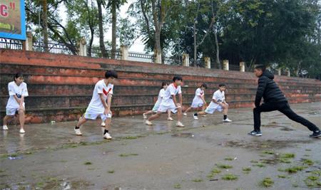 Các VĐV đoàn Văn Yên hăng say tập luyện.