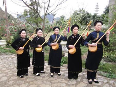 Hát Then, đàn Tính là một thể loại ca nhạc tín ngưỡng truyền thống của các dân tộc Tày, Nùng, Thái xuất hiện lâu đời ở các tỉnh miền núi phía Bắc.