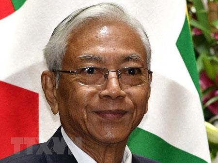 Tổng thống Myanmar U Htin Kyaw.