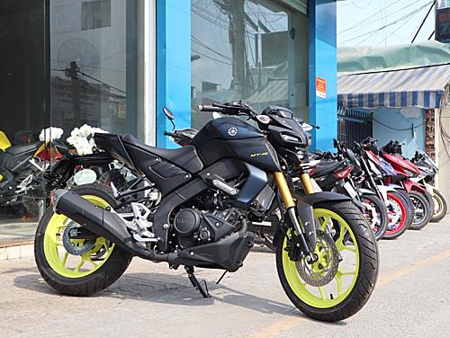 Yamaha MT-15 tại một cửa hàng ở quận 9, TP HCM.