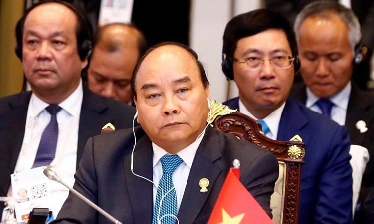 Thủ tướng Nguyễn Xuân Phúc dự phiên họp toàn thể Hội nghị Cấp cao ASEAN tại Bangkok, Thái Lan tháng 6/2019.