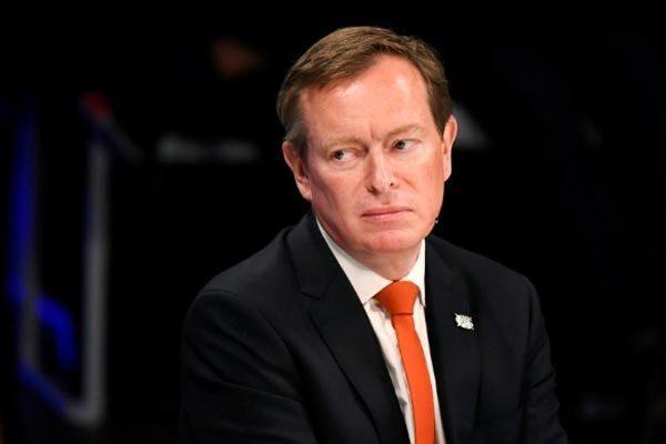 Ông Bruno Bruins xin từ chức Bộ trưởng Y tế Hà Lan hôm 19/3, một ngày sau khi ngất xỉu tại Quốc hội.