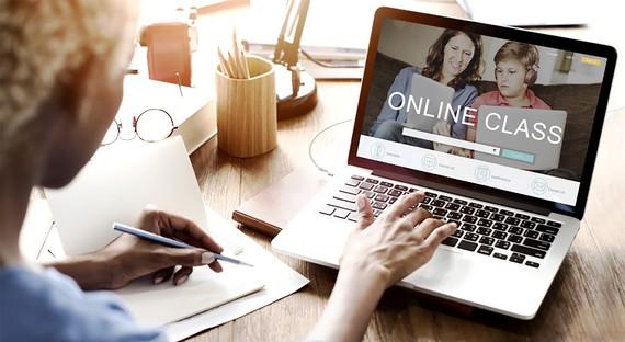 Lớp học trực tuyến vẫn chỉ là giải pháp tình huống.