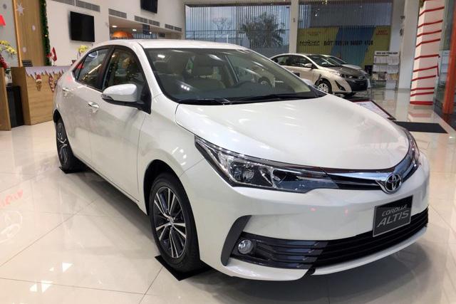 Toyota Corolla Altis được triệu lần này được lắp ráp trong nước vào khoảng 15/7-19/8/2019.