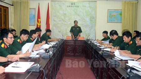 Thiếu tướng Hoàng Hữu Thế, Chủ nhiệm Chính trị Quân khu, trưởng đoàn công tác kết luận kiểm tra