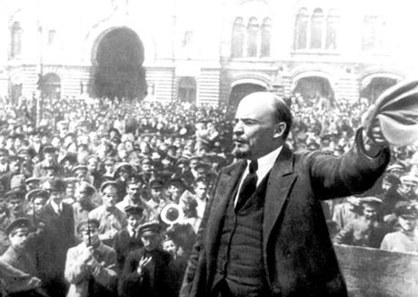 V.I.Lênin là lãnh tụ vĩ đại, đã mở ra một thời đại mới thật sự cách mạng trong các nước thuộc địa.