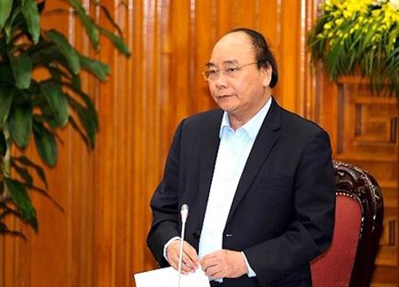 Thủ tướng Nguyễn Xuân Phúc tại buổi làm việc chiều 18/4.