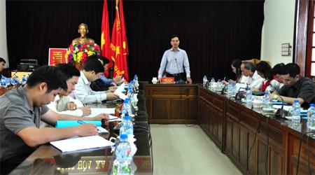 Đồng chí Dương Văn Tiến kết luận buổi làm việc.