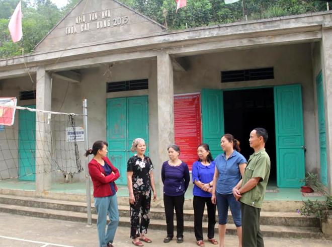 Nhà văn hóa thôn do người dân tự nguyện đóng góp xây dựng.