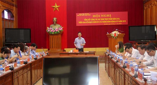 Đồng chí Dương Văn Tiến – Phó Chủ tịch UBND tỉnh phát biểu chỉ đạo tại Hội nghị.