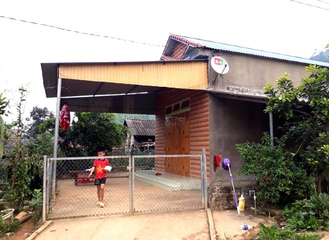 Ngôi nhà khang trang mới xây của vợ chồng Nguyễn Văn Huy.