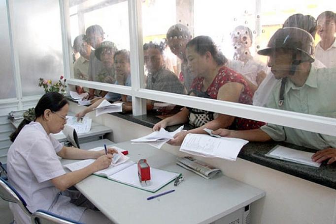 Việc cấp mã số BHXH, BHYT nhằm đảm bảo đảm quyền lợi cho người dân