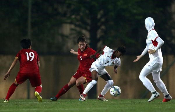 U19 nữ Việt Nam trong trận gặp Jordan.