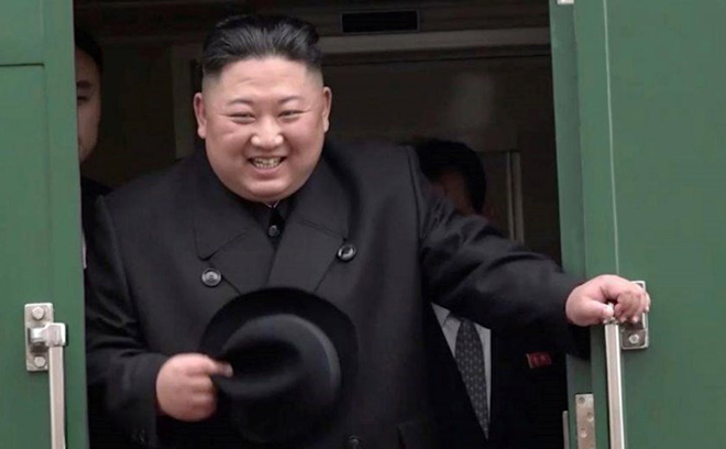 Chủ tịch Triều Tiên Kim Jong-un kết thúc thăm Nga, lên tàu rời Vladivostok