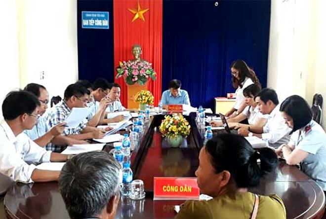 Quang cảnh một buổi tiếp công dân của Ban Tiếp công dân tại Trụ sở tiếp công dân (ảnh minh họa).