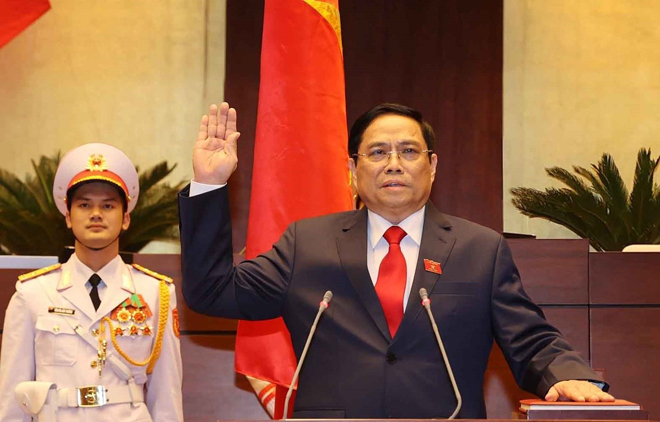 Prime Minister Pham Minh Chinh takes oath of office