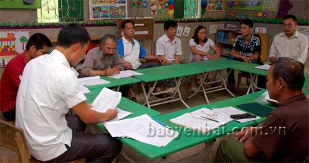 Việc học tập và làm theo tấm gương đạo đức Hồ Chí Minh luôn được các đảng viên ở Chi bộ thôn Khau Sén, xã An Phú đưa vào nội dung sinh hoạt định kỳ hàng tháng