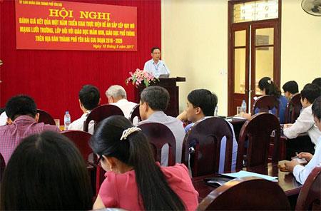 Lãnh đạo UBND thành phố phát biểu chỉ đạo tại Hội nghị.