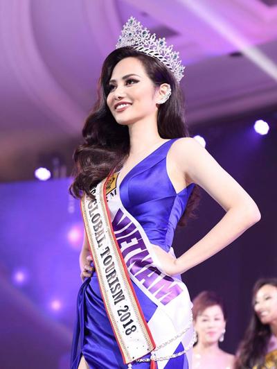 Đại diện Việt Nam lọt vào Top 10 và được nhận giải  Miss Global Tourism – Nữ hoàng Du lịch toàn cầu.
