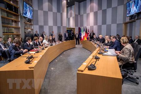 Toàn cảnh cuộc họp giữa Đại diện cấp cao EU về chính sách an ninh và đối ngoại Federica Mogherini với Ngoại trưởng Iran, Anh, Pháp và Đức tại Brussels, Bỉ ngày 15/5.