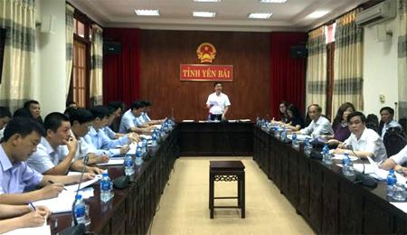 Đồng chí Dương Văn Tiến-Phó Chủ tịch UBND tỉnh phát biểu chỉ đạo Hội nghị.