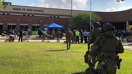 Trường trung học nơi xảy ra vụ xả súng.