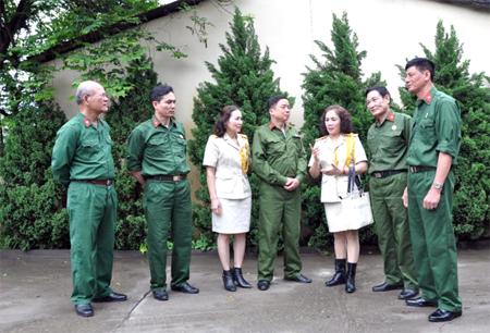 Các thế hệ cựu chiến binh tỉnh Yên Bái cùng nhau ôn lại thời khắc lịch sử 30/4/1975.