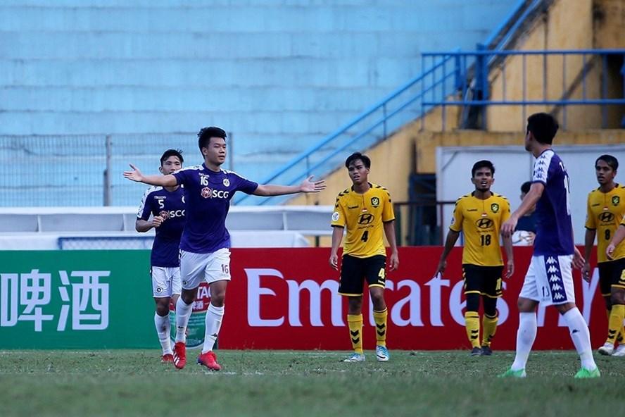Hà Nội đã giành vé đi tiếp đầy thuyết phục.