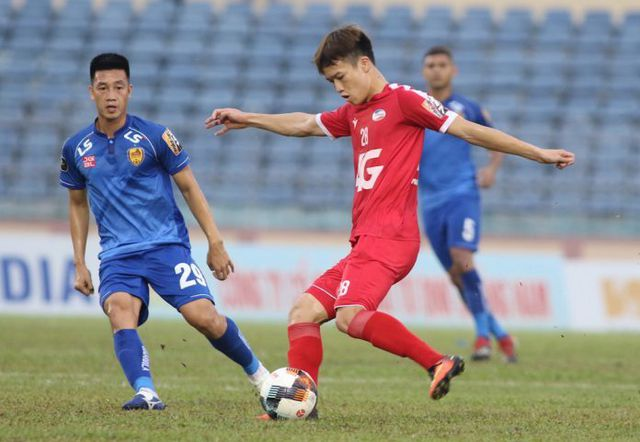 Hoàng Đức nằm trong nhóm cầu thủ trẻ có thể được bổ sung cho đội tuyển quốc gia dự King's Cup.
