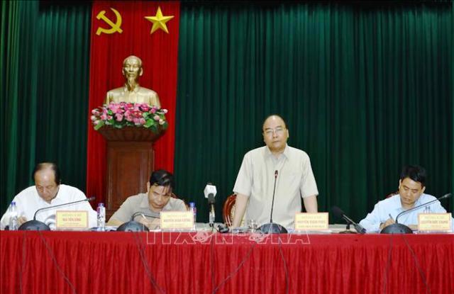 Thủ tướng Nguyễn Xuân Phúc phát biểu tại buổi làm việc với lãnh đạo thành phố Hà Nội tại huyện Đông Anh