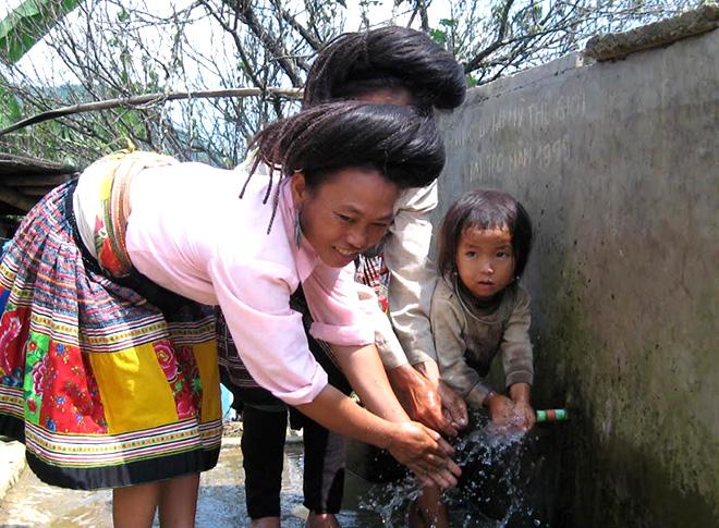 Mỗi người dân hãy sử dụng nước tiết kiệm, hiệu quả.