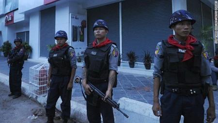 Cảnh sát Myanmar.