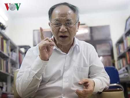GS Hoàng Chí Bảo.