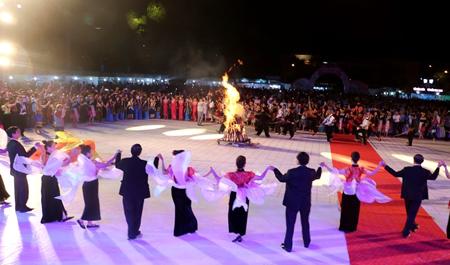 8 tỉnh Tây Bắc mở rộng thu hút du khách bởi những nét văn hóa truyền thống dân tộc.