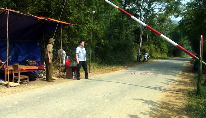Lục Yên đã lập các chốt kiểm dịch ra vào địa bàn huyện.