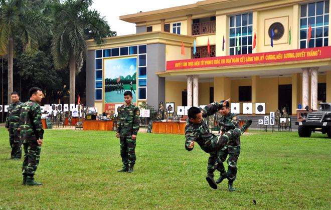 Biểu diễn võ thuật tại lễ ra quân huấn luyện tỉnh Yên Bái năm 2019.