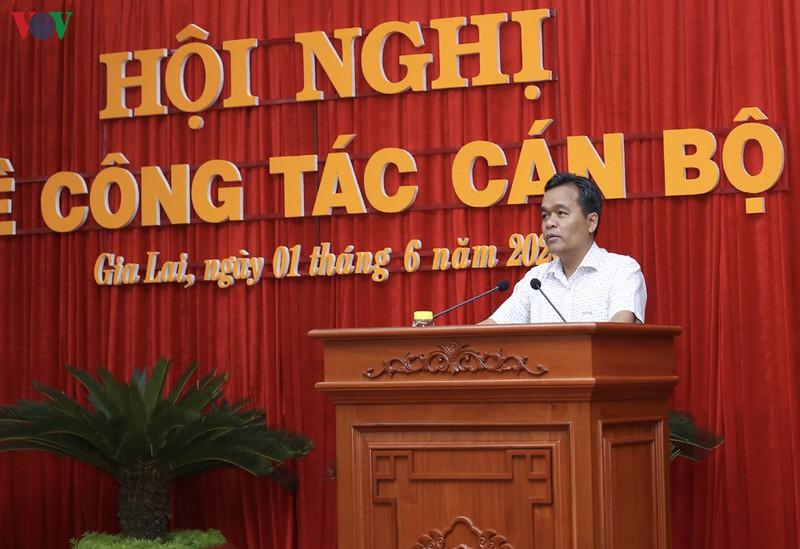 Ông Hồ Văn Niên phát biểu tại hội nghị.