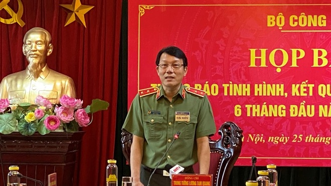 Trung tướng Lương Tam Quang, Thứ trưởng Bộ Công an  tại cuộc họp báo.