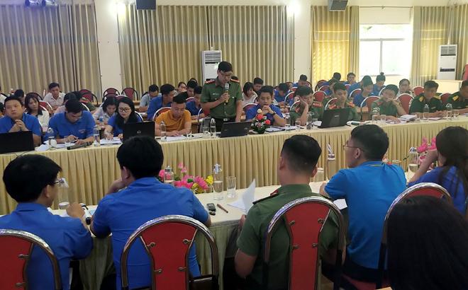 Đoàn Thanh niên Công an tỉnh Yên Bái, tham gia ý kiến vào dự thảo Báo cáo chính trị trình Đại hội đại biểu Đảng bộ tỉnh lần thứ XIX (nhiệm kỳ 2020 -2025)