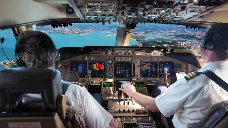 Cục Hàng không VN được yêu cầu rà soát và cấm ngay việc thực hiện nhiệm vụ bay của toàn bộ các phi công quốc tịch Pakistan, phi công người nước ngoài (đang làm việc cho các hãng hàng không Việt Nam) sử dụng bằng cấp, chứng chỉ (nghi vấn giả mạo) do Pakistan cấp.