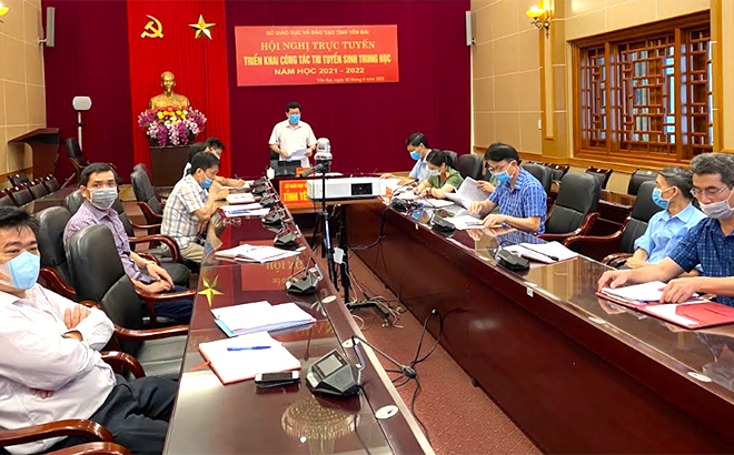 On June 2 morning, the Yen Bai Department of Education and Training held an online conference on preparations for the high school entrance exam for the 2021-2022 academic year.