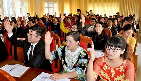 Các đại biểu HĐND tỉnh khóa XVIII tại kỳ họp thứ tư. Ảnh minh họa