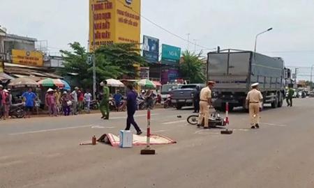 Thống kê trong sáu tháng qua, toàn quốc xảy ra 8.999 vụ tai nạn giao thông, làm chết 4.103 người, bị thương 7.027 người.