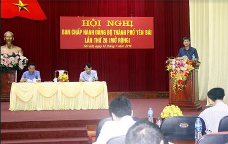 Đồng chí Ngô Hạnh Phúc - Tỉnh ủy viên, Bí thư Thành ủy phát biểu kết luận Hội nghị.