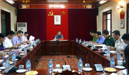 Đồng chí Dương Văn Thống - Phó Bí thư Thường trực Tỉnh ủy, Trưởng đoàn đại biểu Quốc hội khóa XIV tỉnh Yên Bái chủ trì Hội nghị giao ban công tác nội chính và PCTN.